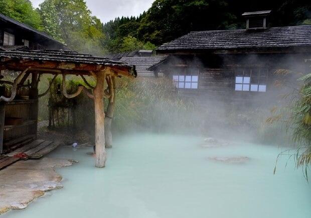 秋田県・鶴の湯_混浴露天風呂