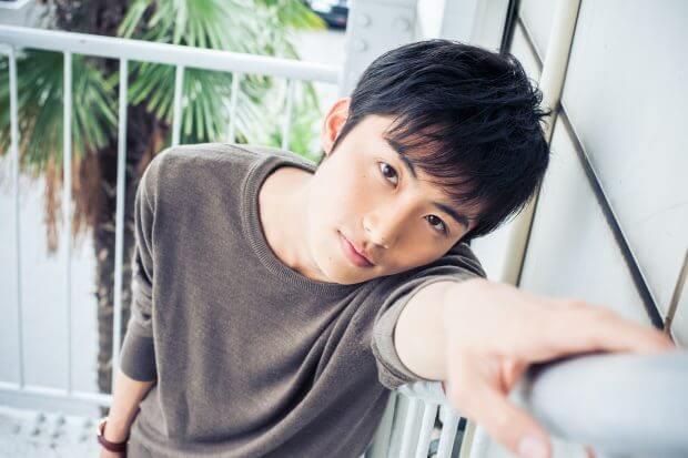 俳優・岐洲匠さんインタビュー「ヒーローになるために美容師をやめる」周りに笑われても強い気持ちがあれば夢は叶う