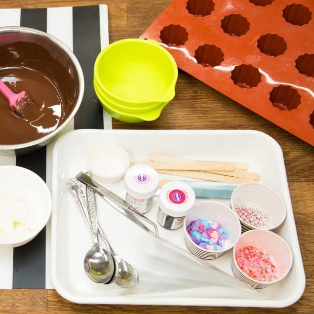 バレンタイン チョコ 作り方 レシピ インスタ映え バイト フロムエー