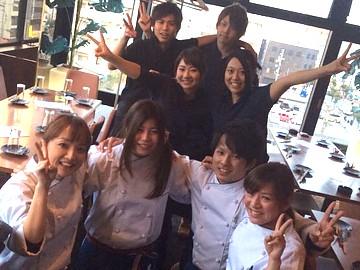 AGURA dining(アグラ ダイニング)のアルバイト情報