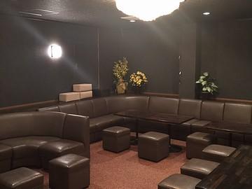 Lounge KaGuRa(カグラ)のアルバイト情報