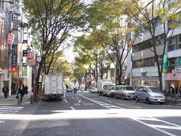 渋谷や表参道に近いのでお仕事後には買い物なども楽しめます。