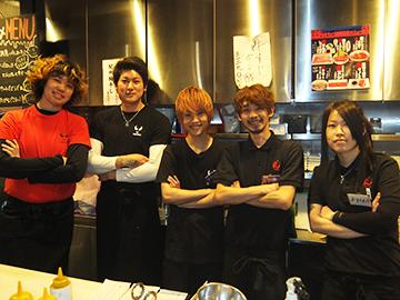 焼肉バルどんどん 新宿歌舞伎町店のアルバイト情報