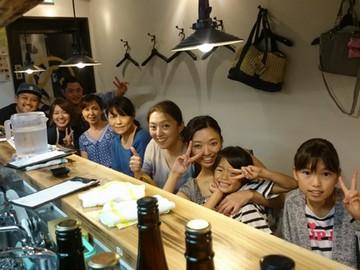 (1)湘南豚餃子 まる八 (2)ヨシザキ食堂のアルバイト情報