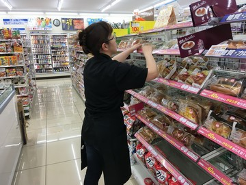 (株)T&K ローソン 札幌・北広島19店舗合同募集のアルバイト情報