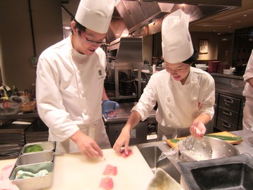 ダイナミックキッチン&バー 響 新宿サザンタワー(3348751)のアルバイト情報