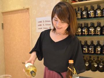(1)さくらんぼ (2)Snack bar Candy 本町店のアルバイト情報