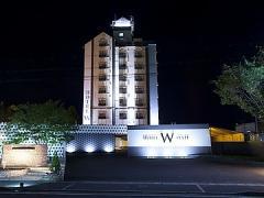 (A)HOTEL W STYLE (B)HOTEL S